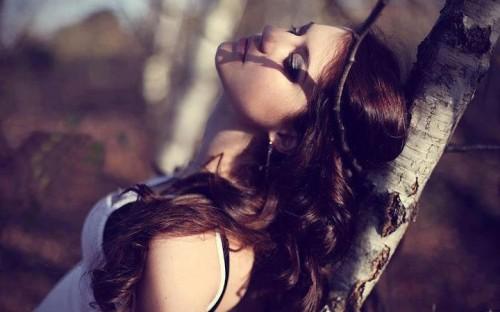 تا دنیایت پر نشود از دوست داشتن هایِ پر بغض